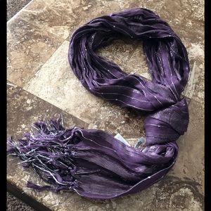 NWT: scarf